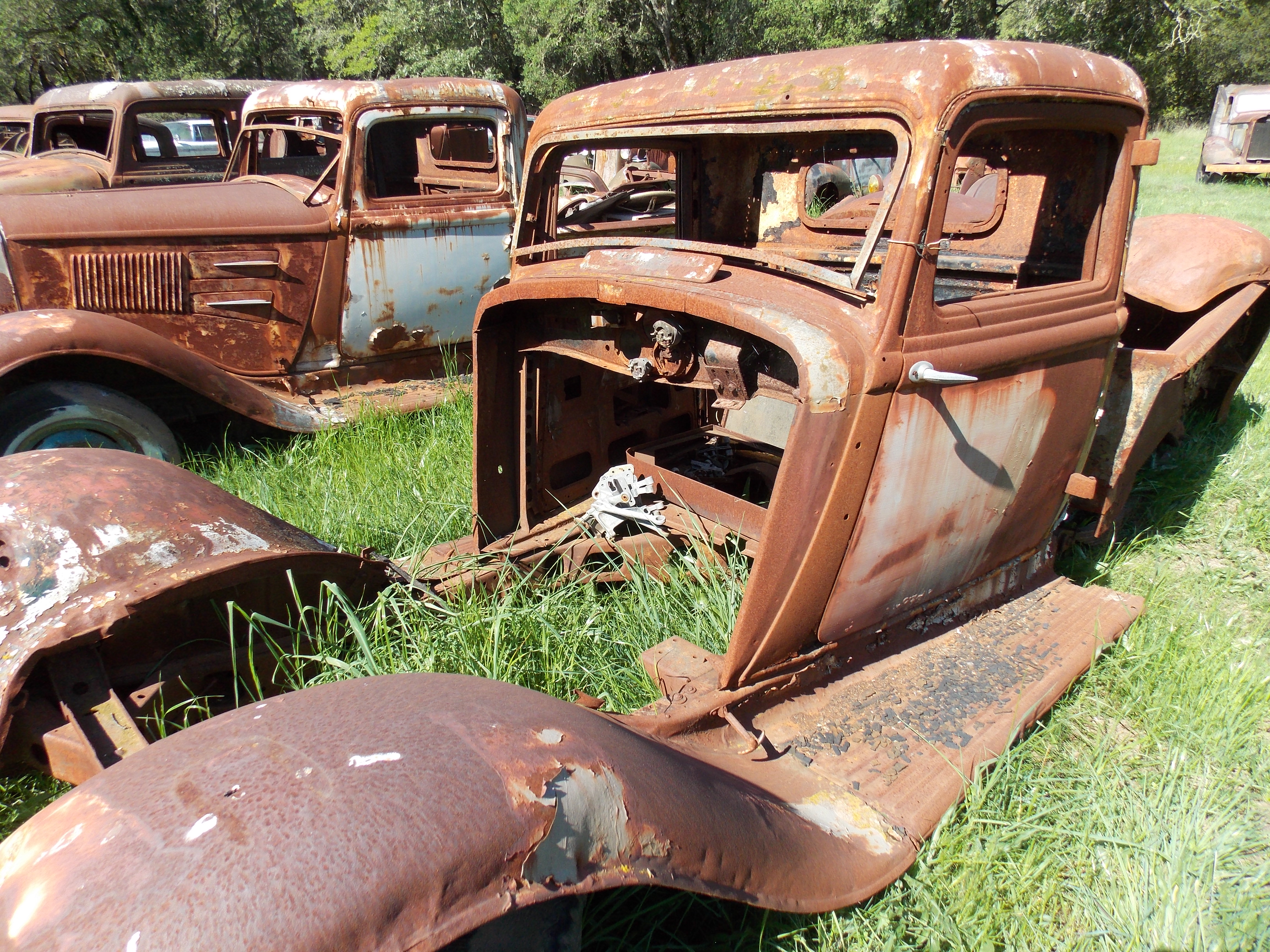 Classic Car Graveyard Where Cars Go To Rest In Peace Vintage