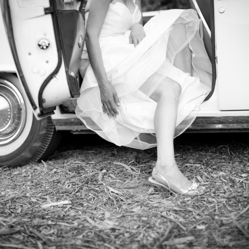 Add Classic Cars To Your Vintage Wedding For The Perfect